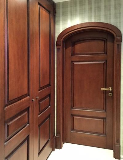 арочные двери из дуба