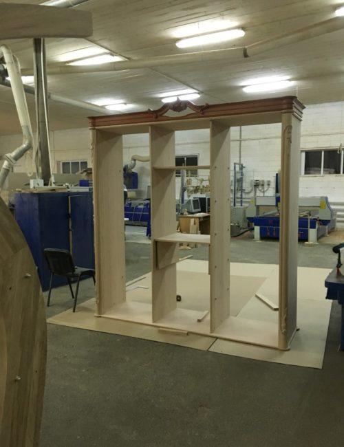 Производство шкафов из массива